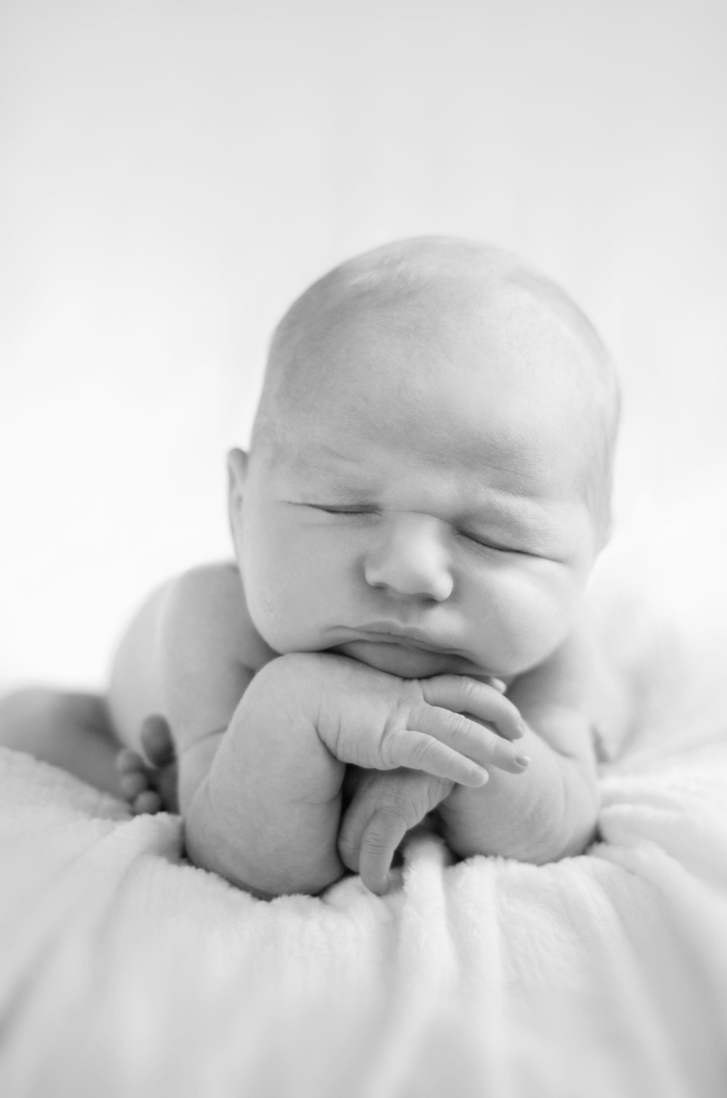 Newborn_Missy_Robbs.jpg