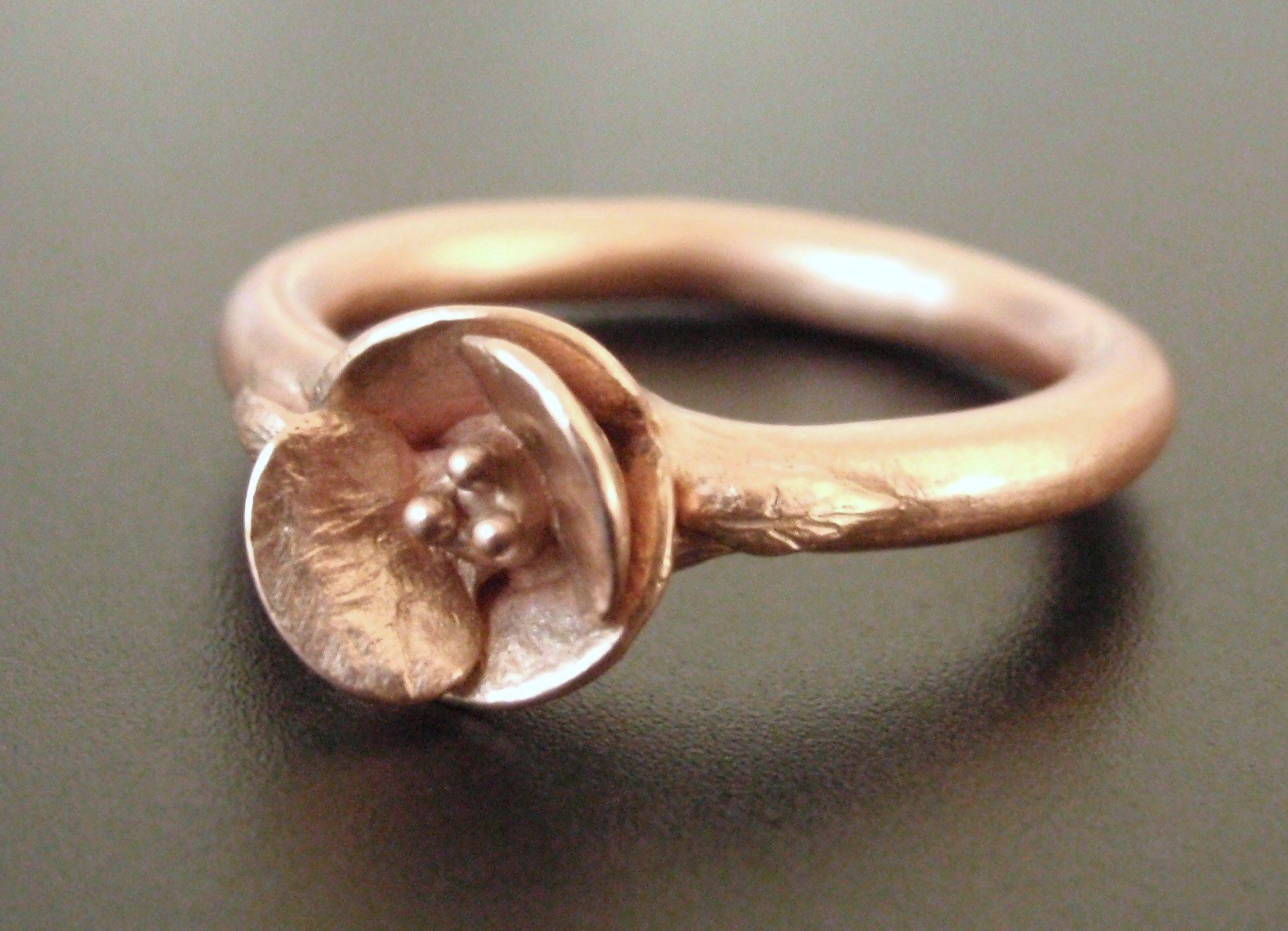 Poppy Ring in 14K Rose Gold.