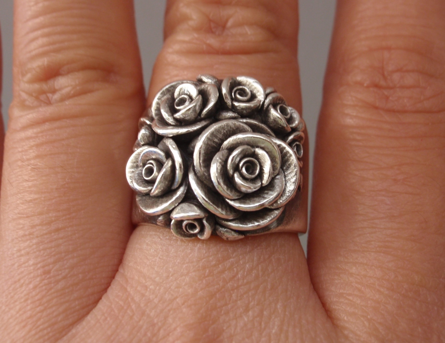 Bouquet of Roses, Wide-Band Ring, in Sterling Silver.