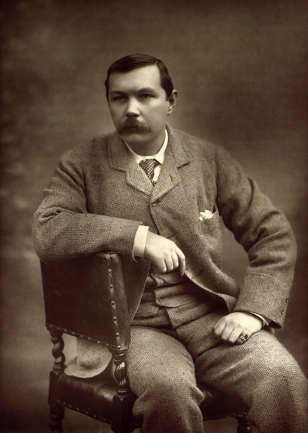 Arthur_Conan_Doyle_by_Herbert_Rose_Barraud_1893.jpg
