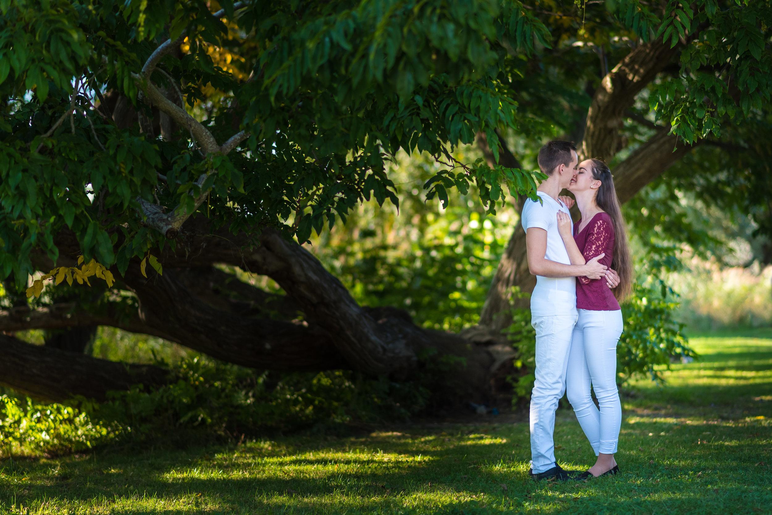 Alexandra & Jonathan-16.jpg