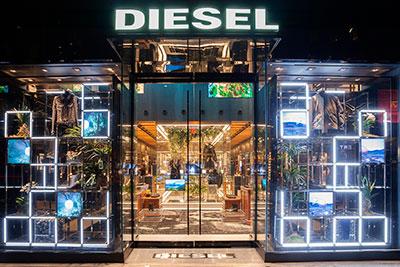 BIGPRINTS_Decoracion-escaparates-neon-tienda-Diesel-Nueva-York.jpg