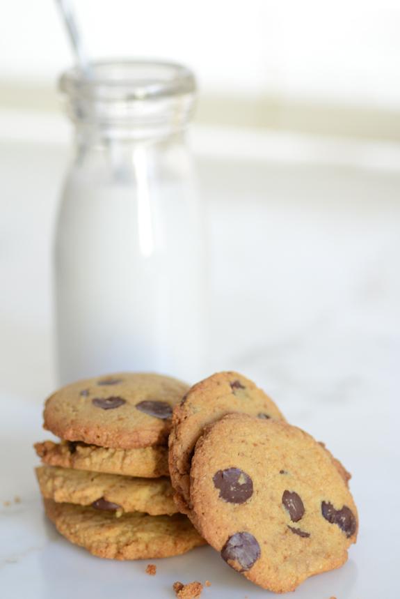 Crispy-Chocolate-Chip-Cookies-6395.jpg