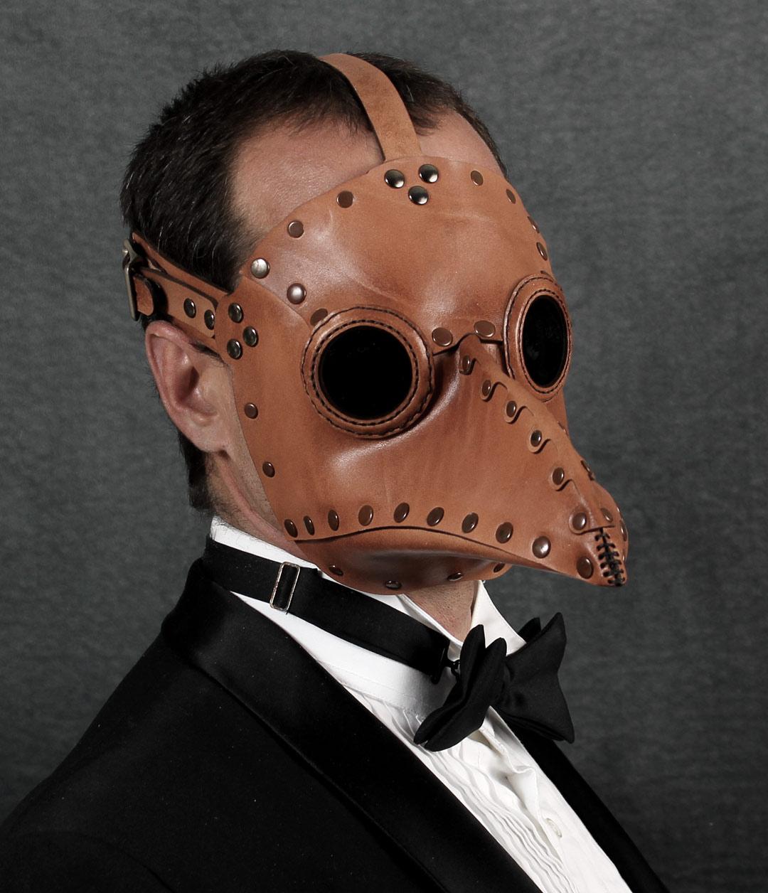 krankheit-lt-brown-Jason-front-angle.jpg