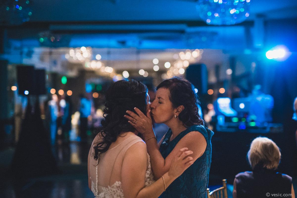 North-Carolina-Wedding-OHenry-Hotel-44.jpg