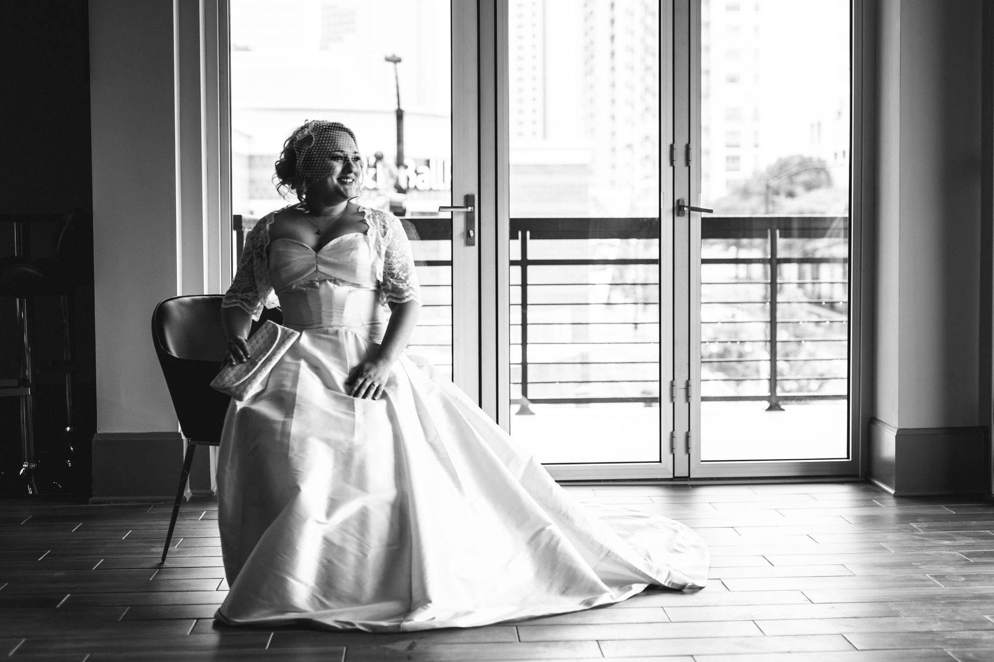 uptown-charlotte-warhouse-wedding-19.jpg