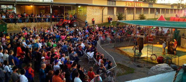 Bearadise Ranch - Show Set-up Crowd Picture.jpg