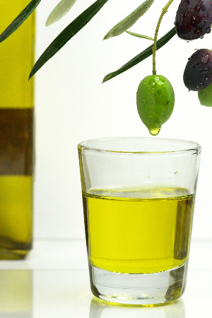 olive-and-oil.jpg
