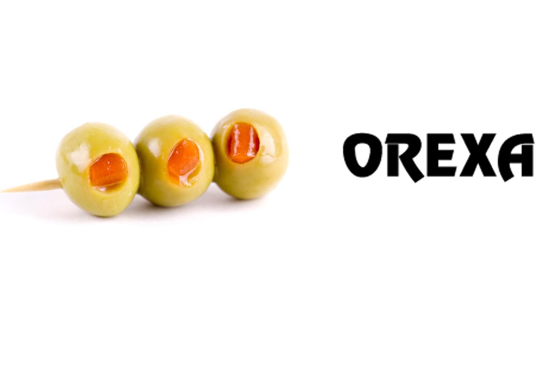 Orexa green olives stuffed with paprika