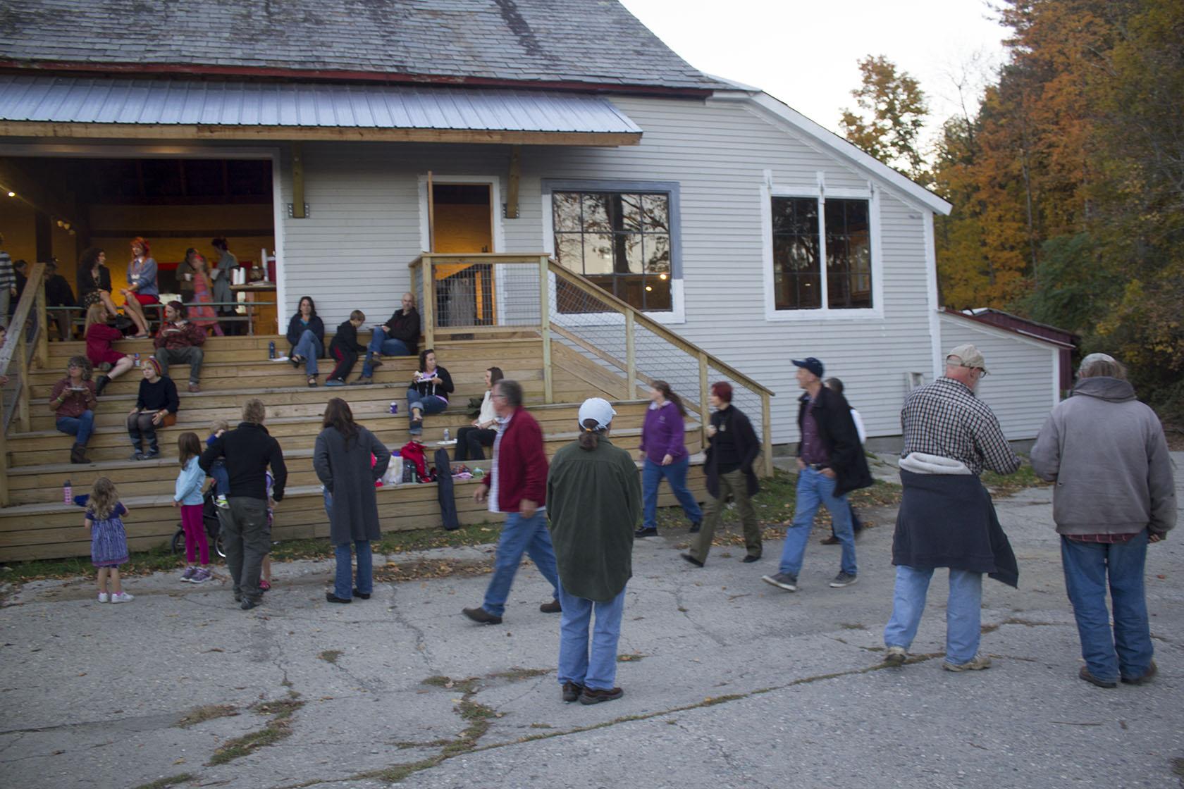 barn_outside.jpg