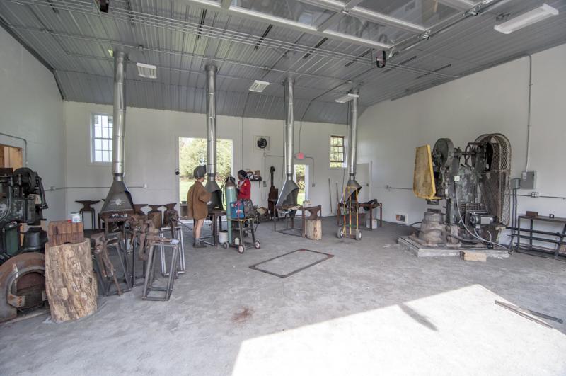 08_Blacksmithing.jpg