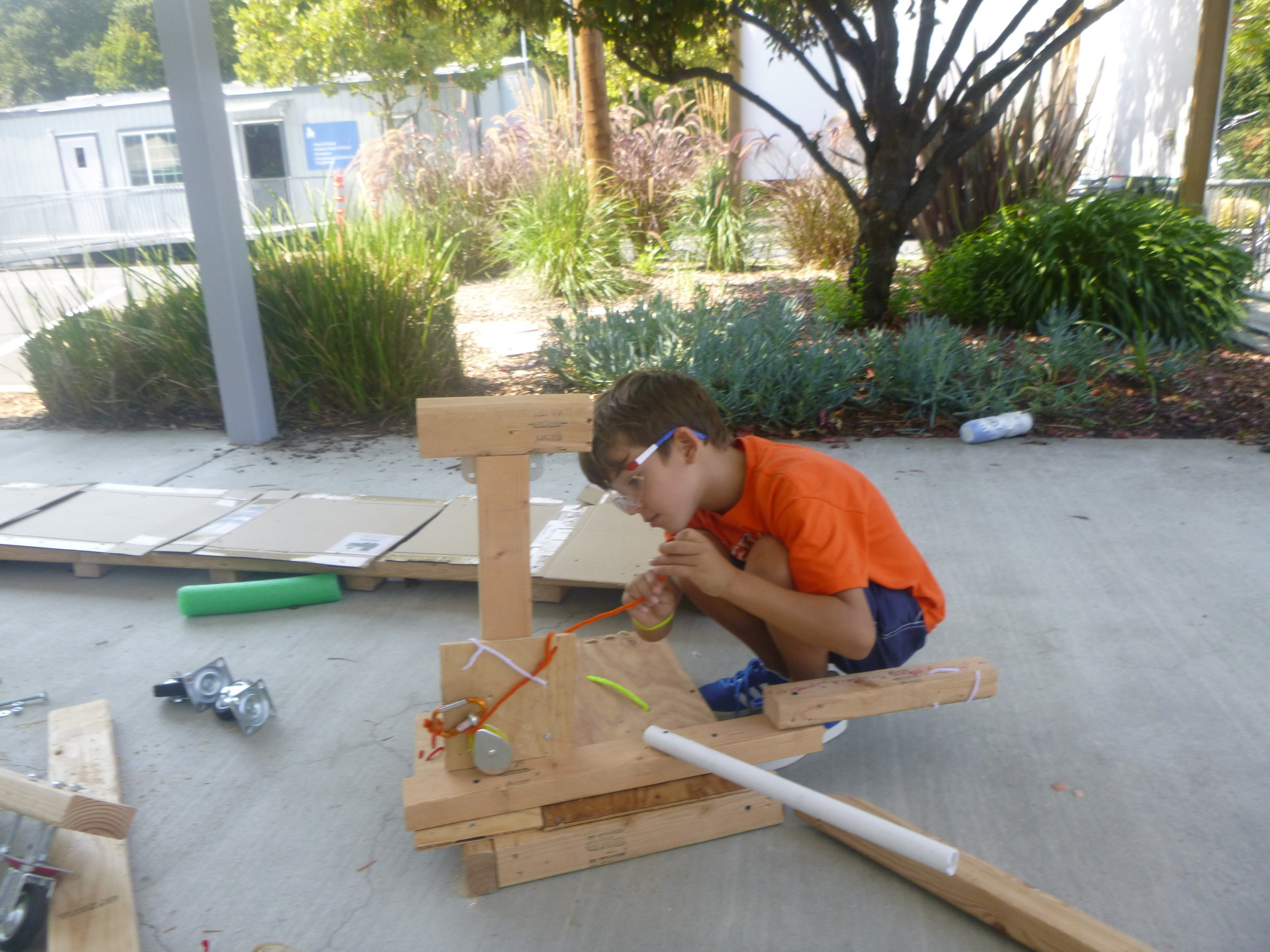 Julian builds a claw device for picking up geological samples on the surface of mars.