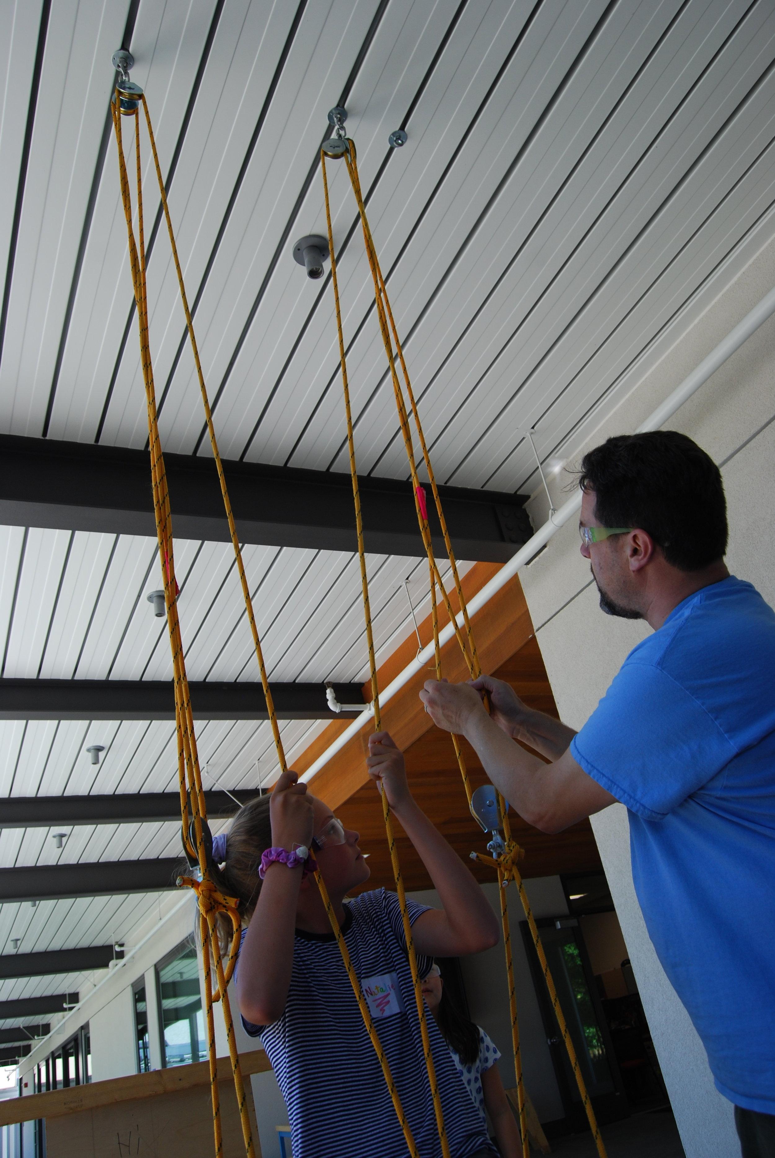 pulley elevator top 2.JPG