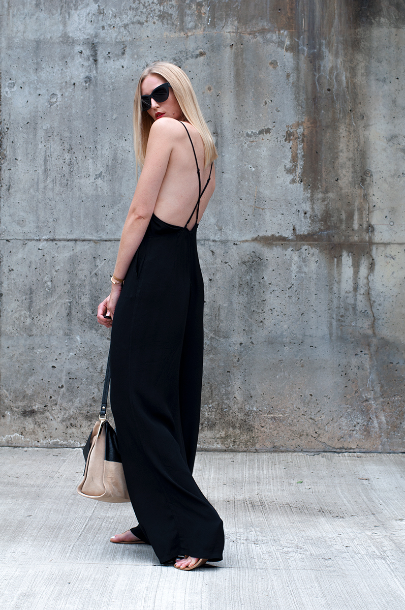 Minimal Monochrome Outfit Inspiration, Blogger Style 2015