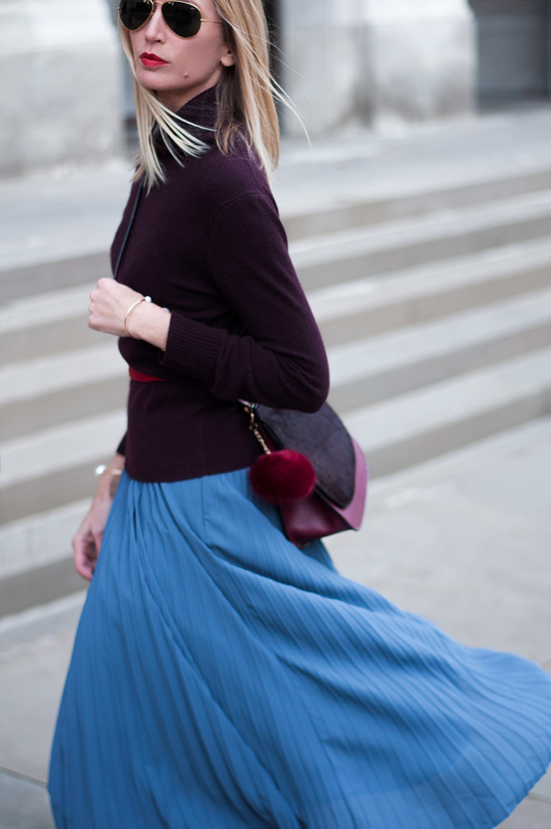 Banana Republic Pleated Blue Midi Skirt