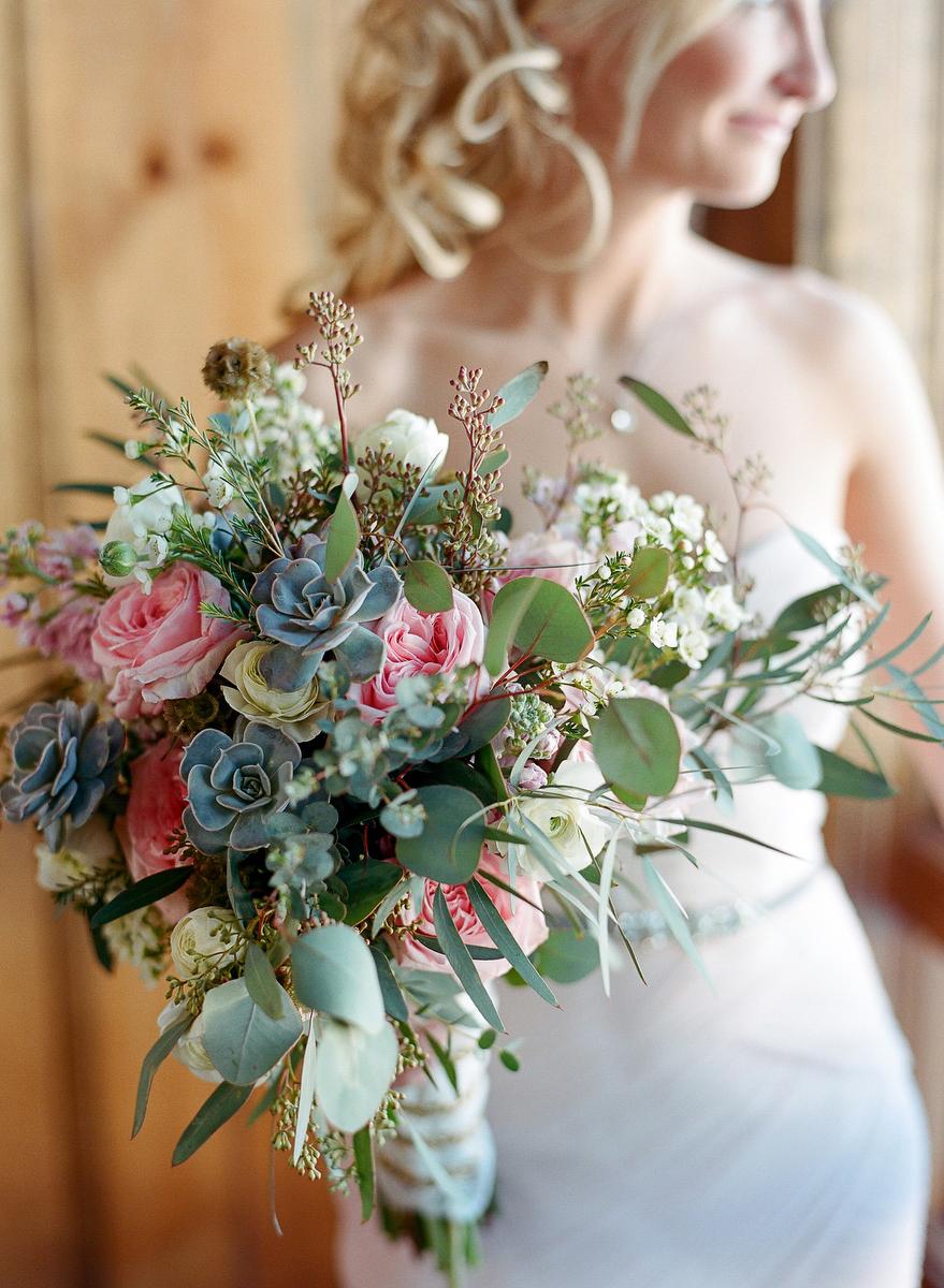 Bouquets Fleur Decor Colorado Wedding Corporate And Everyday Flowers