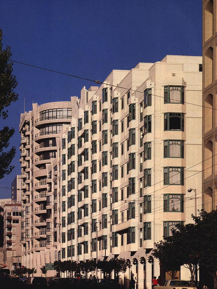 Folsom Street facade