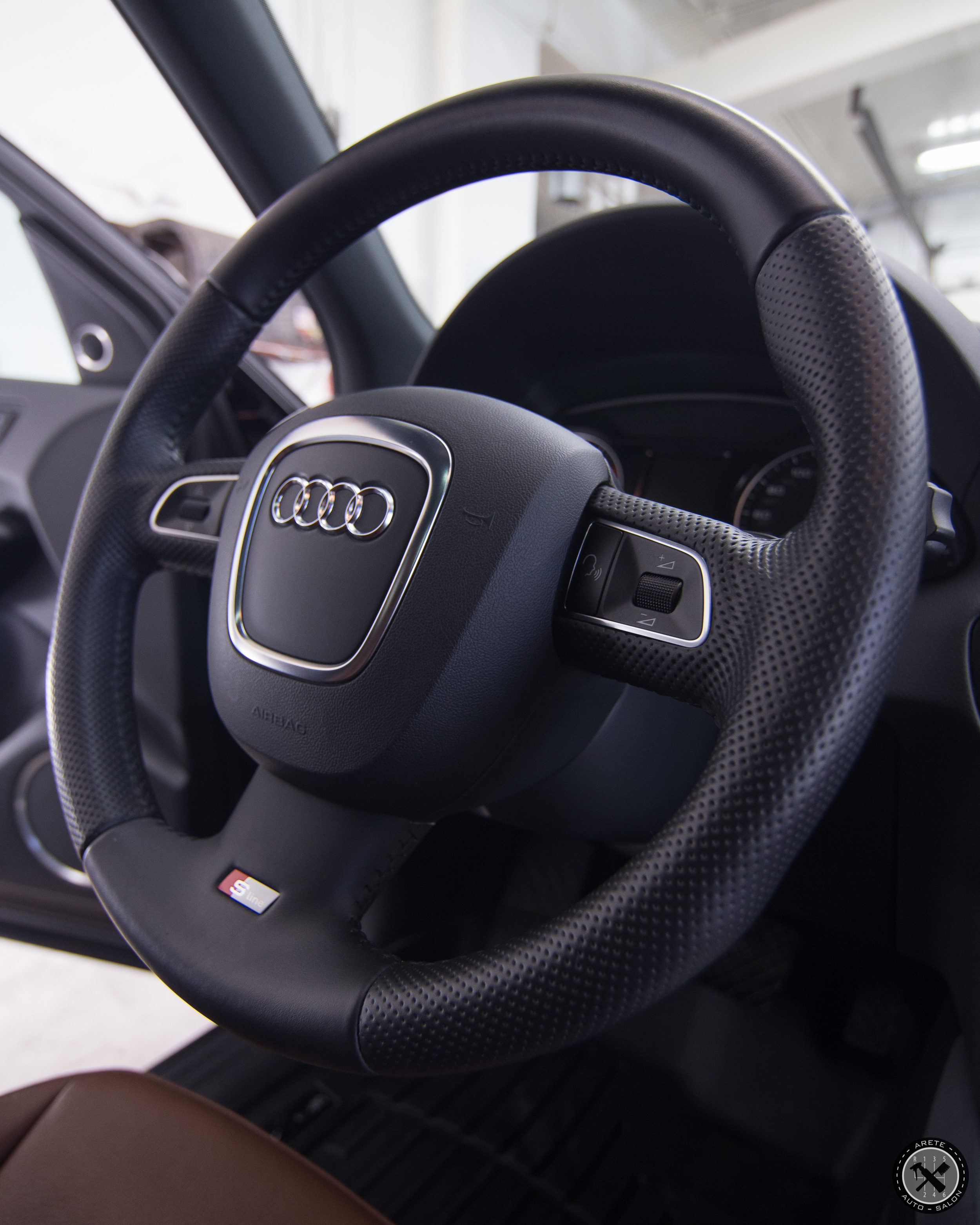 As a part of our service we also applied a coating to the steering wheel.