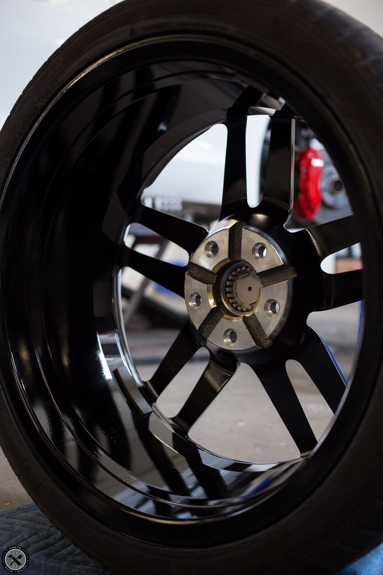 The wheels were removed for an inside out decontamination in preparation for coating in CQuartz DLUX. Now they will be a dream to clean and look even better to boot!
