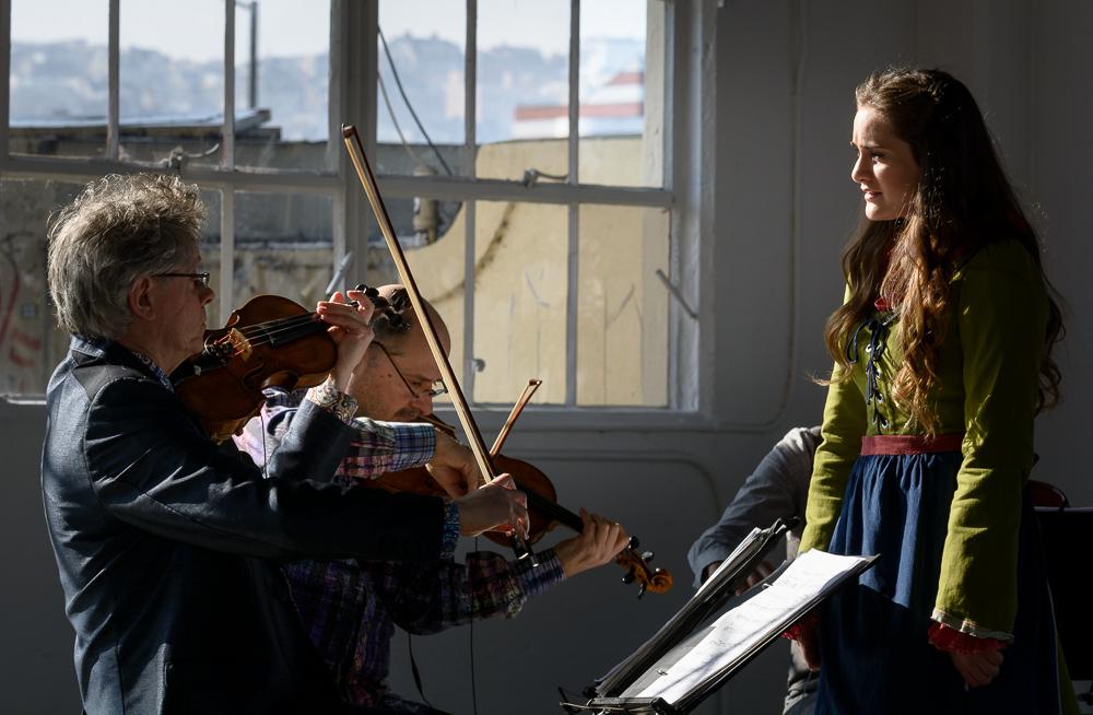 Musical interplay between Rowen Sabala and David Harrington, founder of the Kronos Quartet.