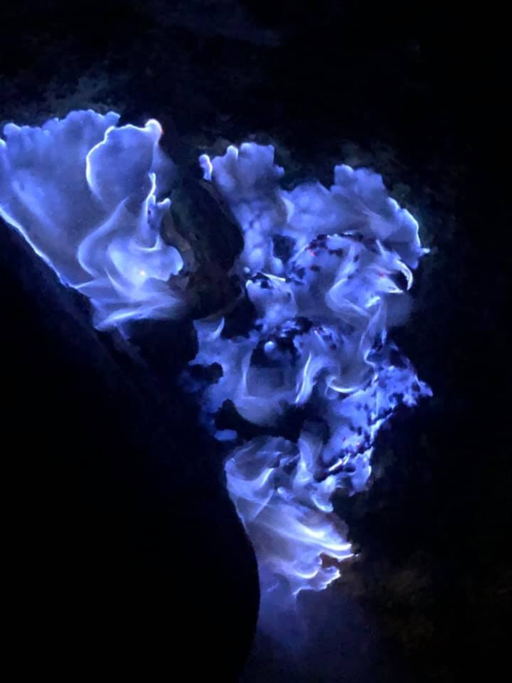 Blue Flame Mt Ijen.jpg