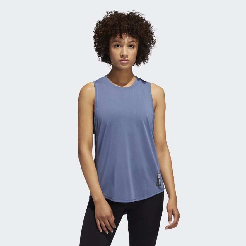 Adapt_to_Chaos_Tanktop_blau_DZ1552_21_model.jpg
