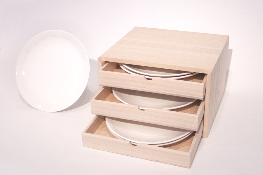 Lee Mingwei   The Servers , 2011 six dinner plates with hand made wooden box dimensions variable