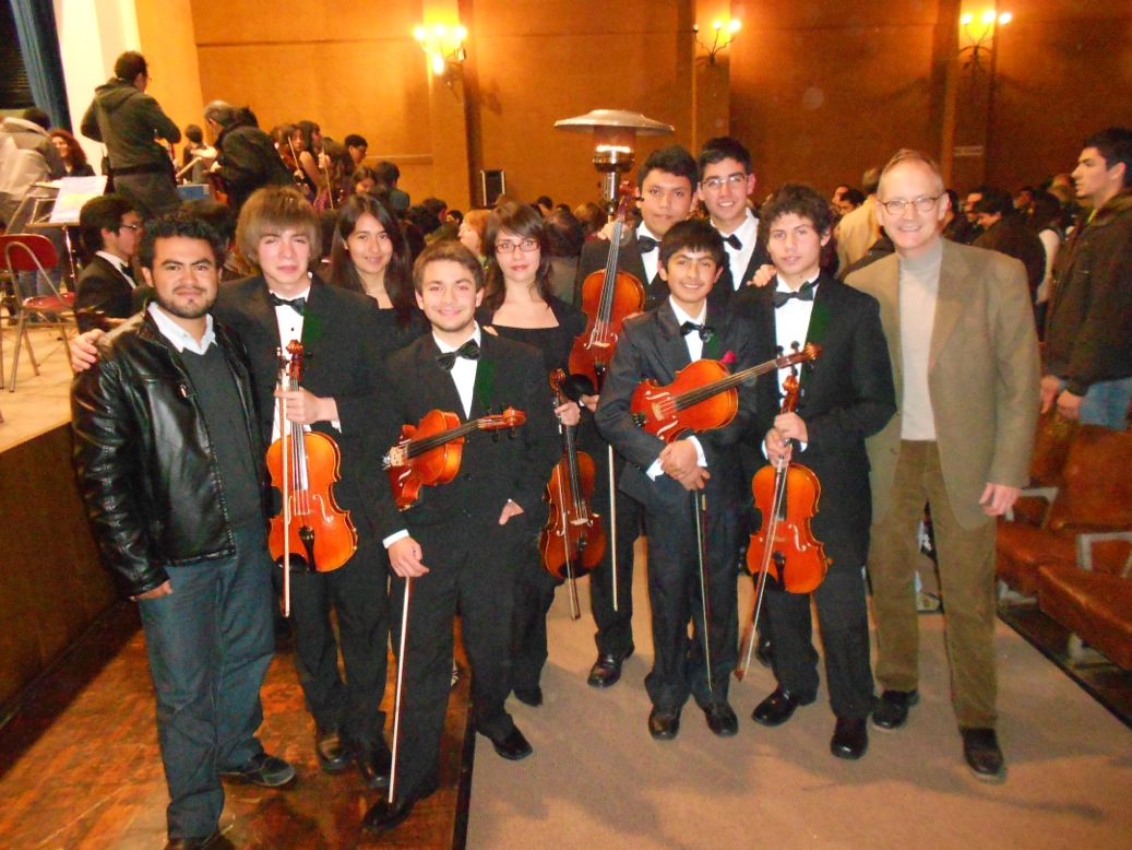 Craig with the viola section of theJorge Peña Hen Youth Orchestra in Chile