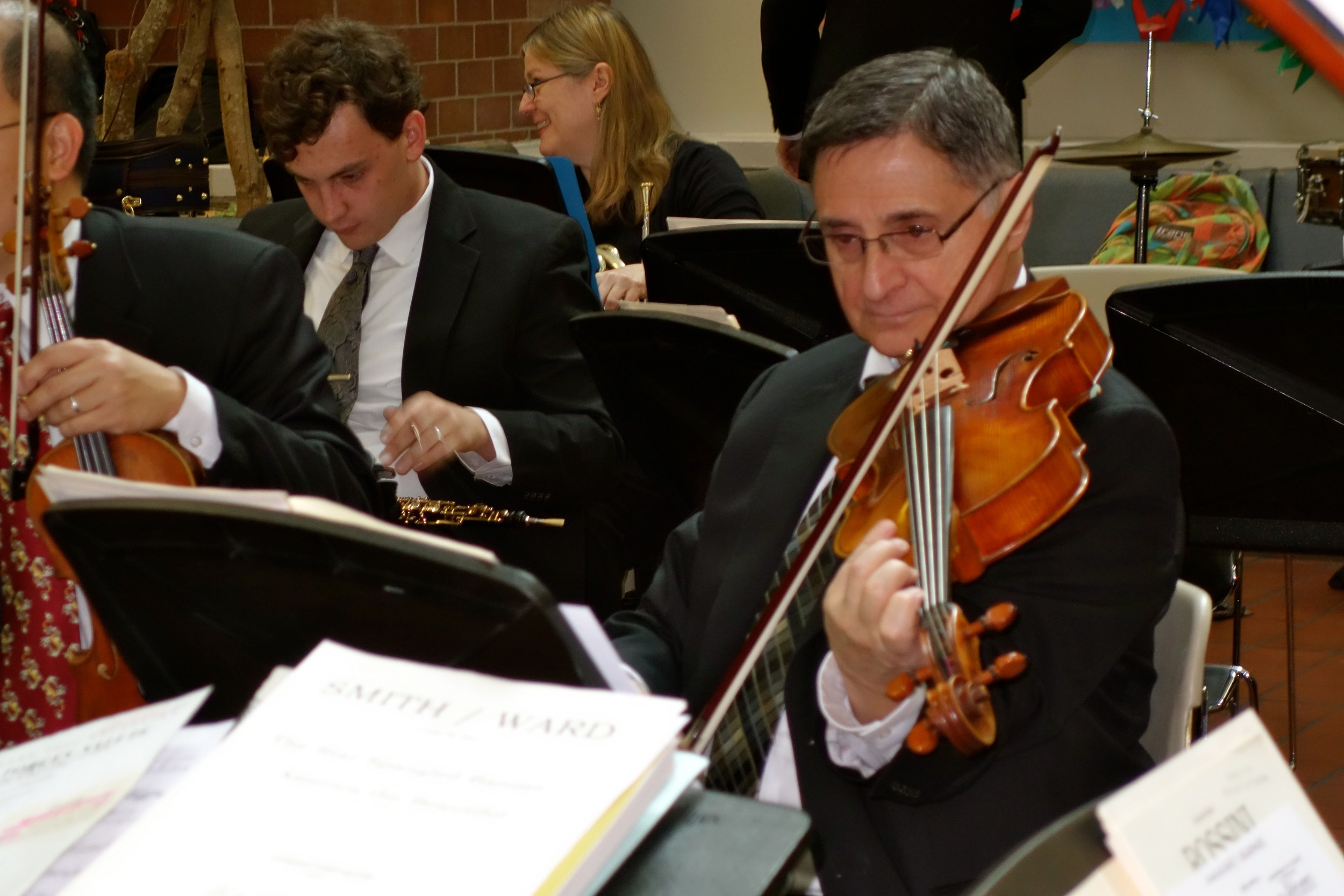 Retired Met violist Ron Carbone returned for the occasion.