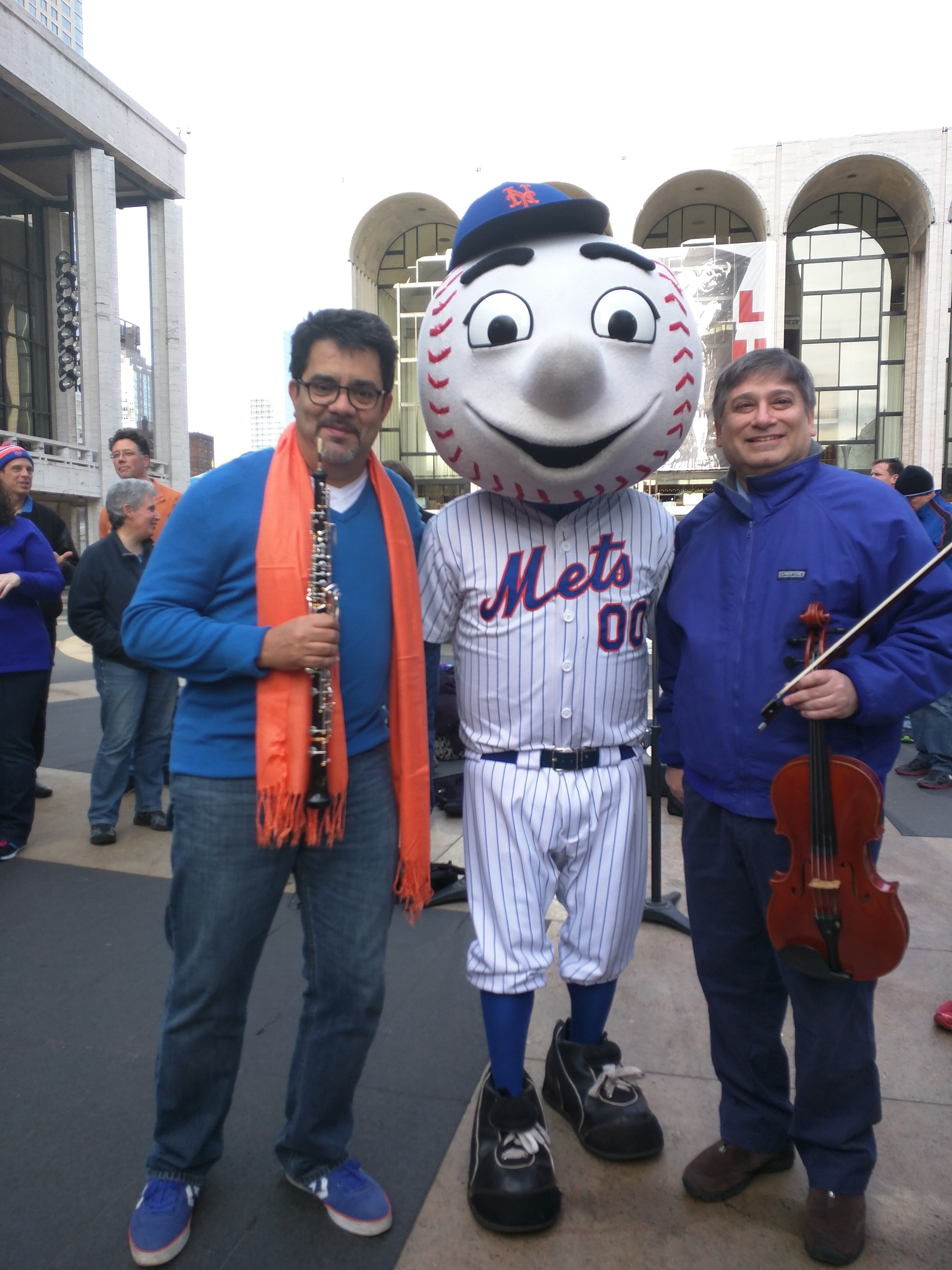 Pedro Diaz and Vincent Lionti pose with Mr. Met.  Photo by Billy Hunter