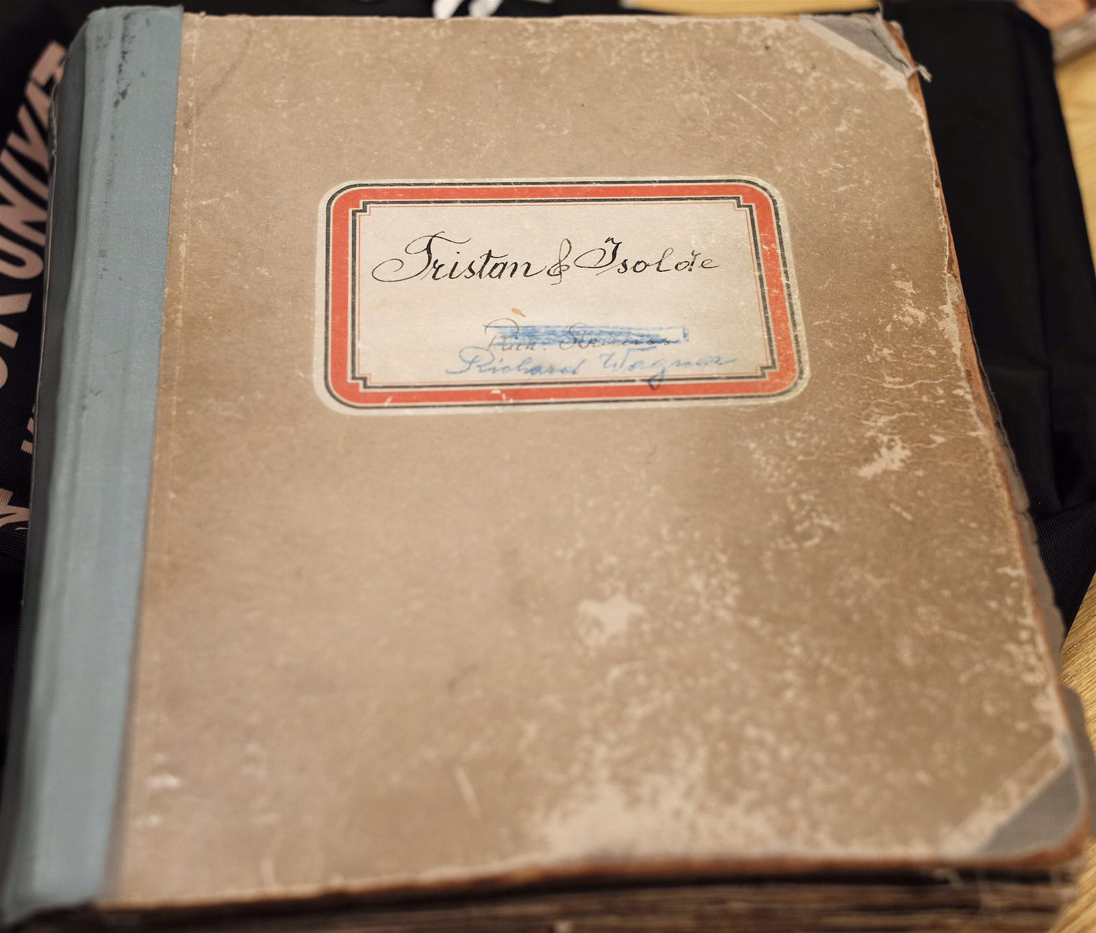 Daniel Froschauer, of the Vienna Philharmonic and Vienna State Opera, generously provided photos of Mahler's score.