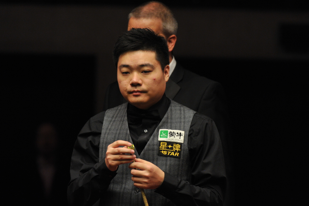 Ding Junhui: carries title defence into semi-finals