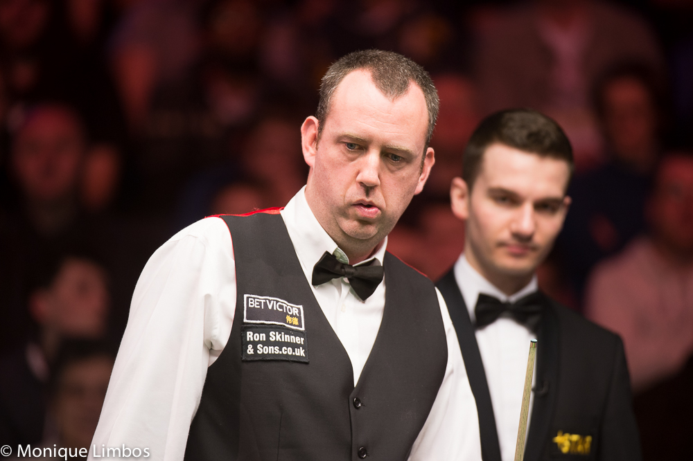 Mark Williams: aiming for quarter-final place