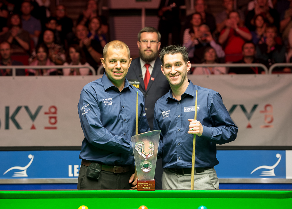 Barry Hawkins and Tom Ford pictured before the start of their Riga Open final