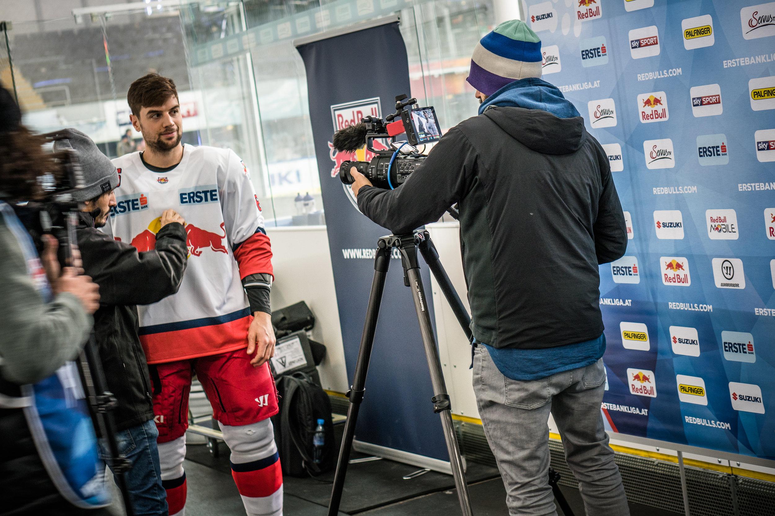 EpicMinutes-Behind-RedBull-Eishockey-WEB-by-BAUSE-018.jpg