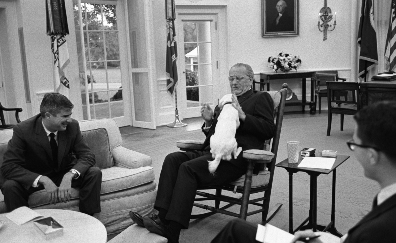 lbjlibrary :     Oct. 20, 1967, LBJ and Yuki share a moment in the Oval Office.     LBJ Library photo A5010-10, public domain.