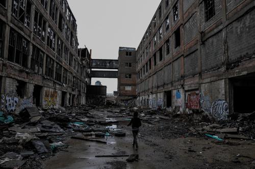 1201f56fb19dbcab-Factory-DetroitMI.jpg