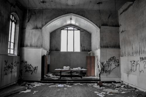 cc0c1493e8ee48a0-CincinnatiOH-ChurchPrison.jpg