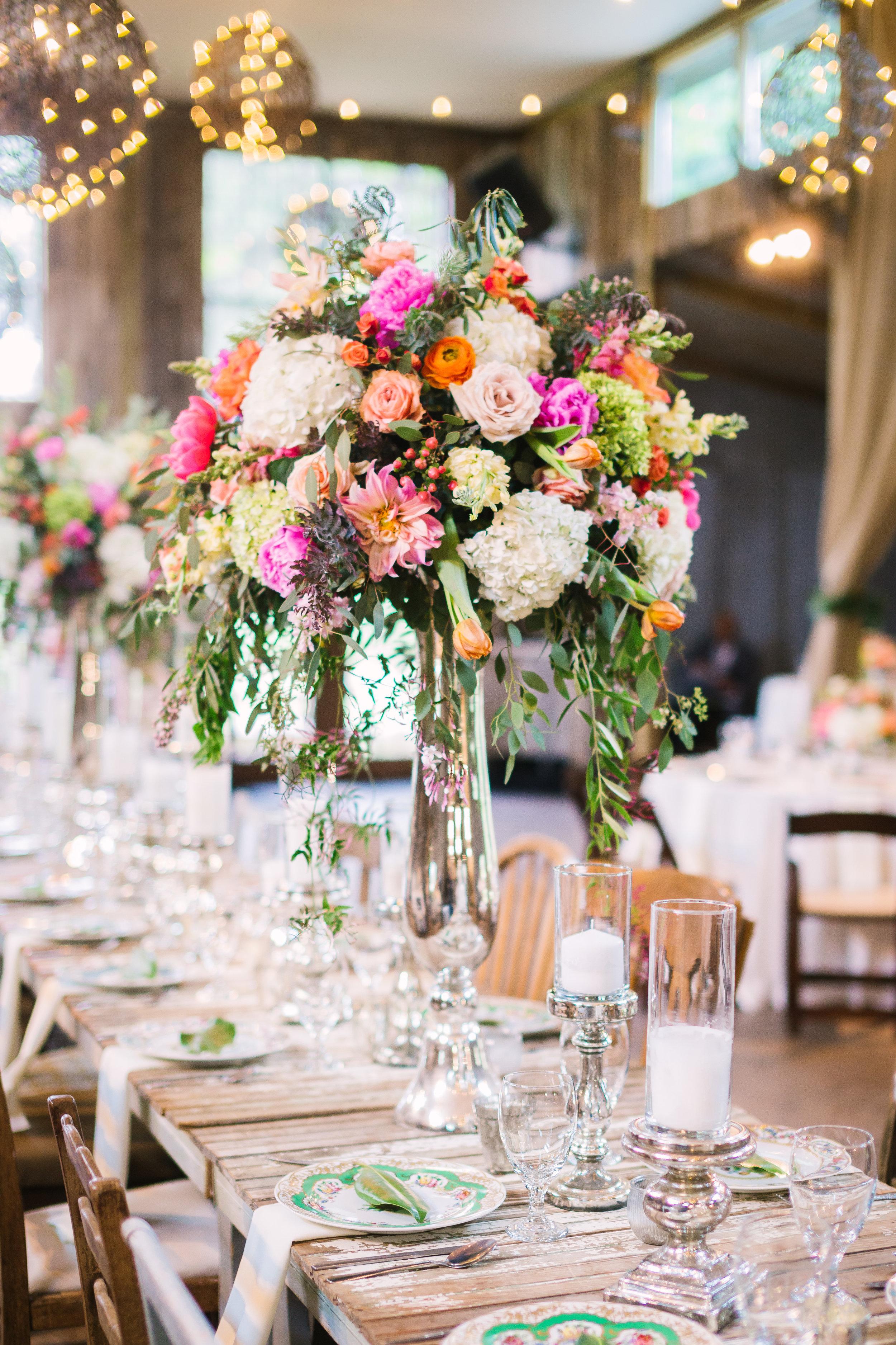 petal-pushers-wedding-florist-dripping-springs-vista-west-ranch-reception-flowers