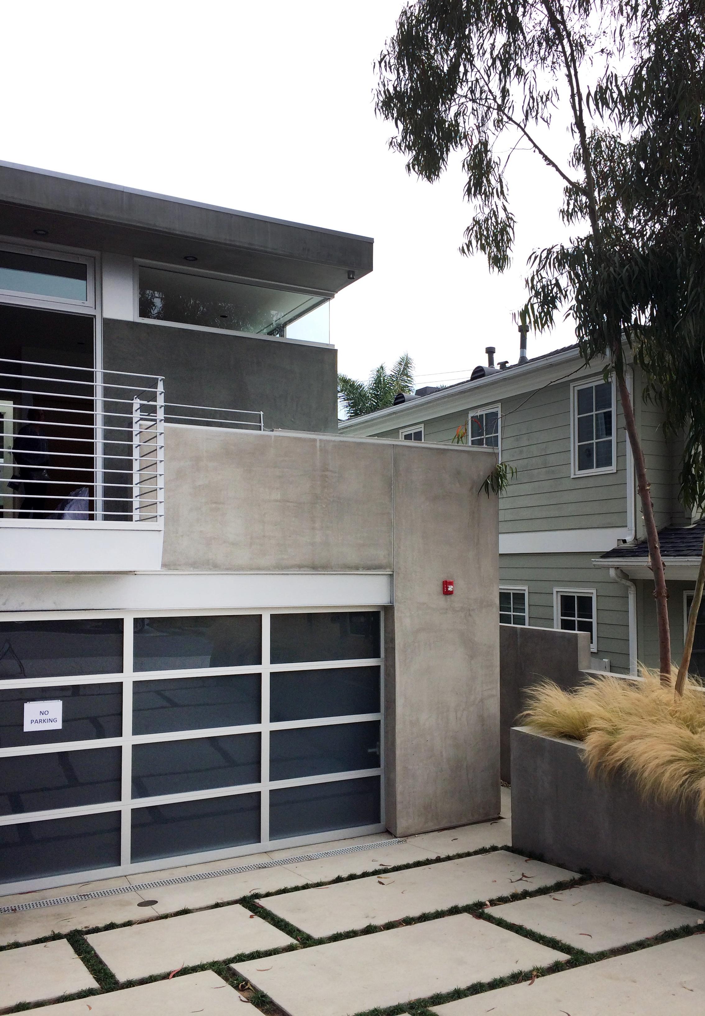 Olivares Residence