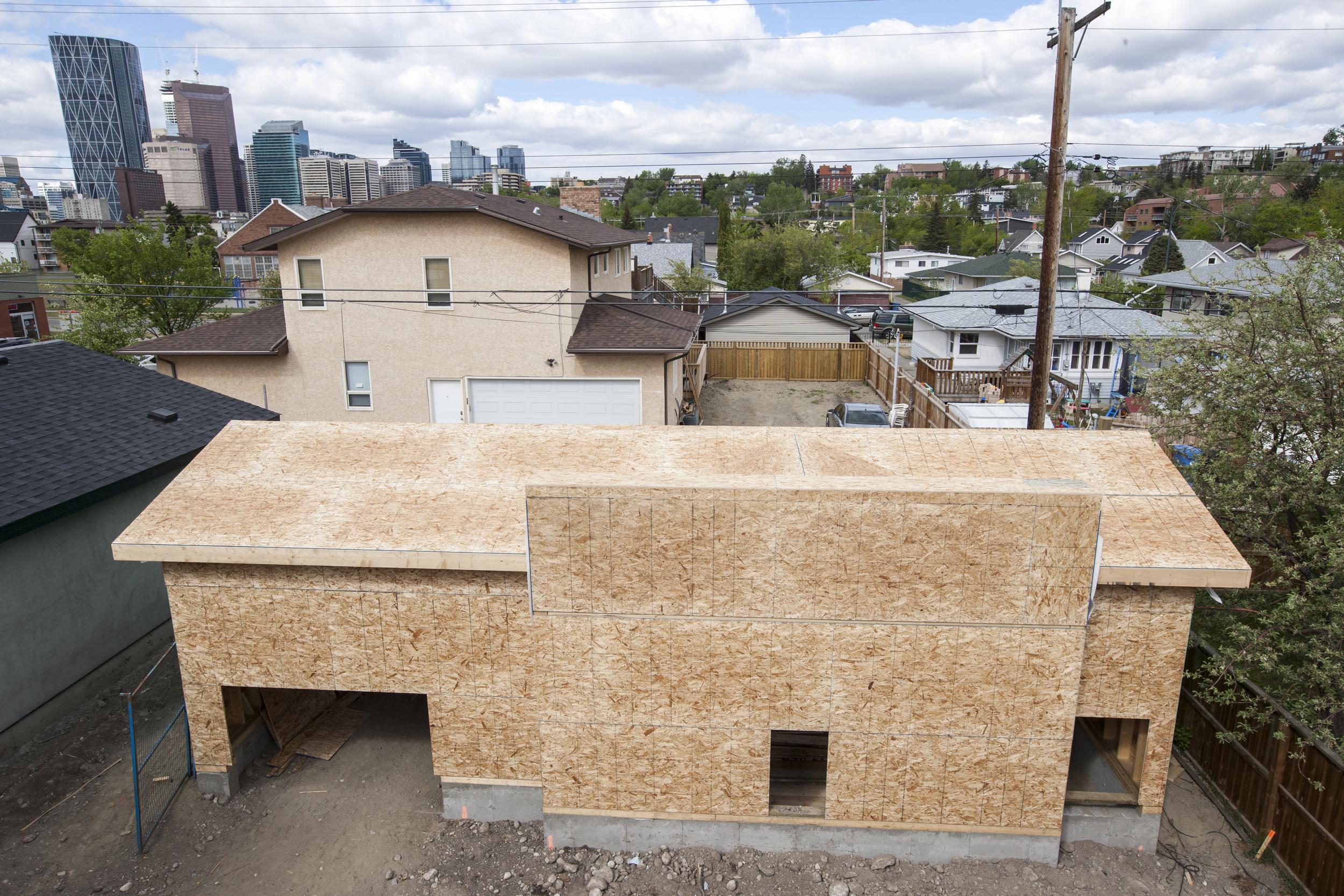 2016 05 10 - Garage roofed.JPG
