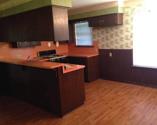 And here's the kitchen again! Of course I had to start and end with the glorious kitchen.