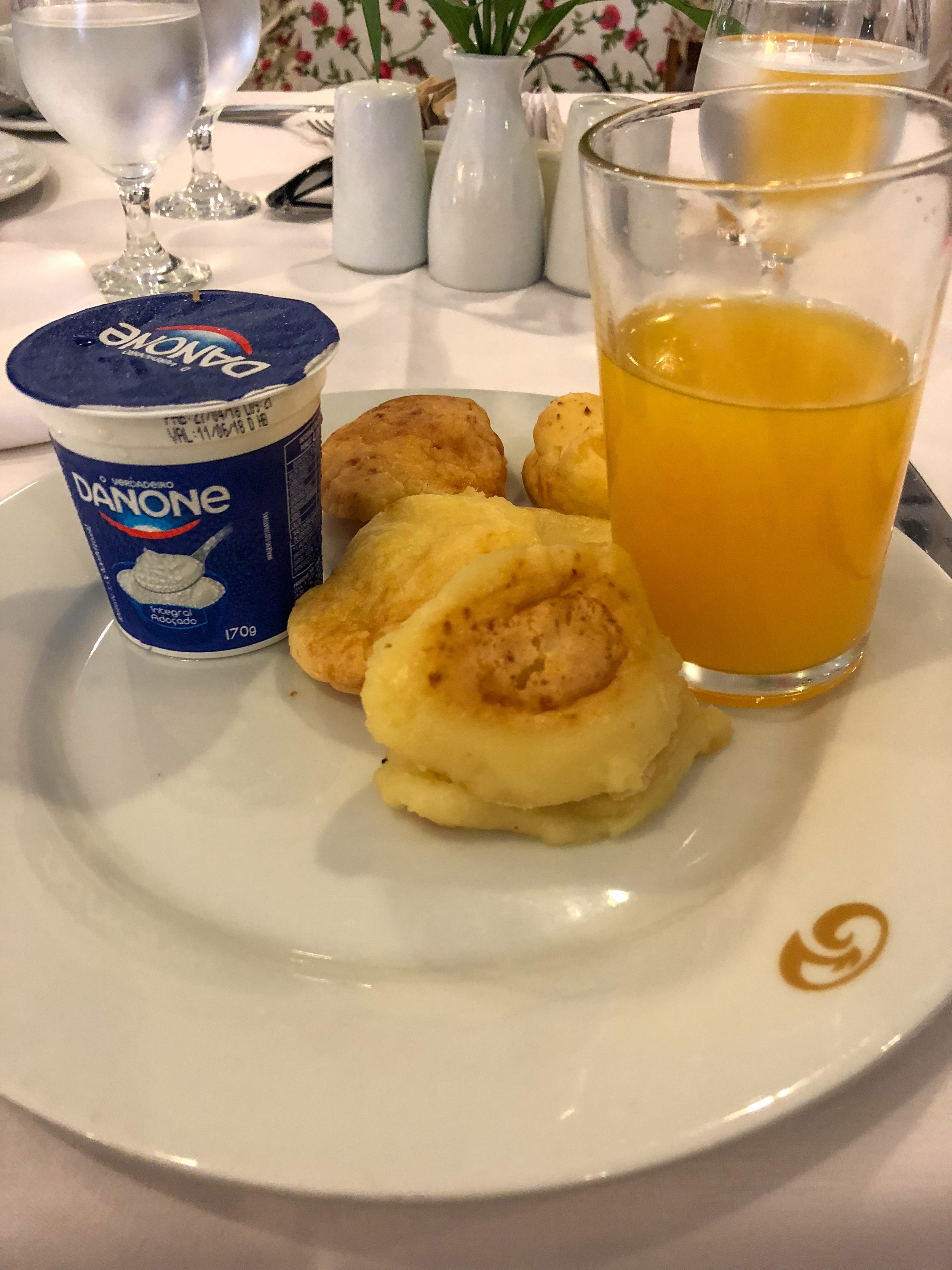 En un desayuno brasileño no puede faltar el pao de queijo