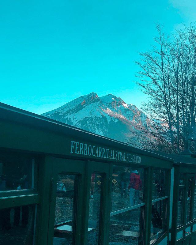 Si estás en Ushuaia, un paseo que no podes perderte es el Ferrocarril austral fueguino, más conocido como el Tren del Fin del Mundo.