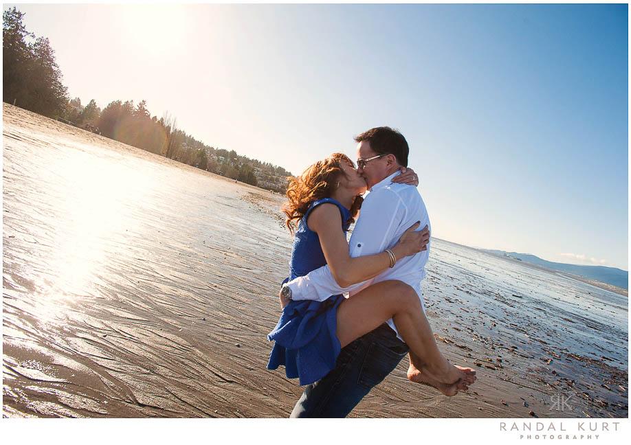 engagement-session-jericho-beach