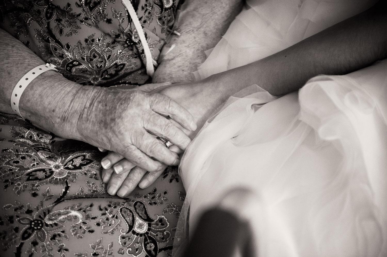 10-visiting-a-grandma-2.jpg