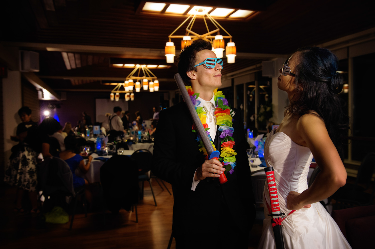 19-playful-wedding.jpg