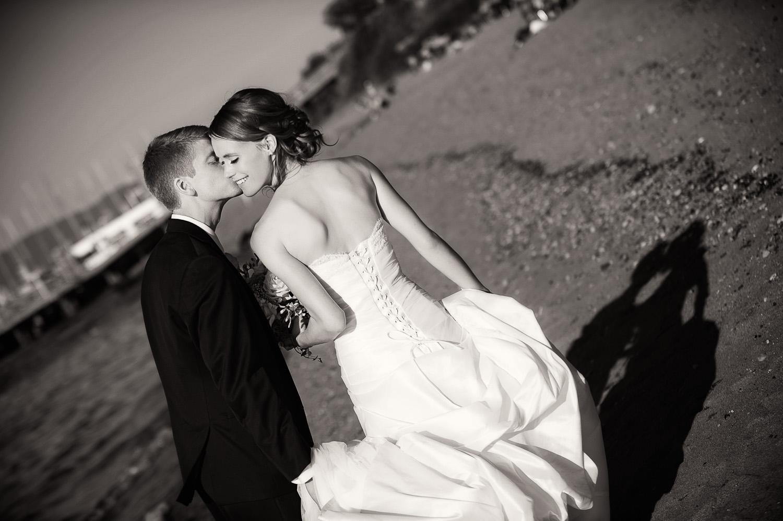 01-beach-wedding-photography.jpg