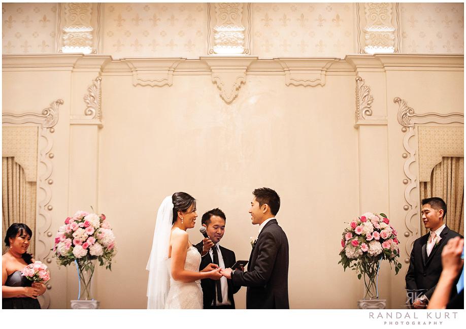 18-rosewood-hotel-georgia-wedding.jpg