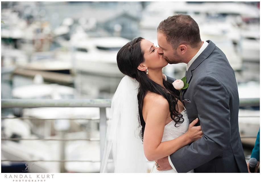 11-coal-harbour-wedding.jpg